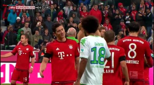 Robert Lewandowski – Bayern v Wolfsburg 8