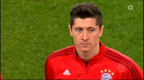 Robert Lewandowski – Wolfsburg v Bayern (DFB Pokal 15-16) 3
