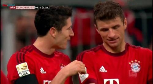 Robert Lewandowski & Thomas Müller – Bayern v Wolfsburg 1