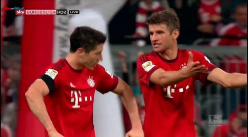 Robert Lewandowski & Thomas Müller – Bayern v Wolfsburg 3