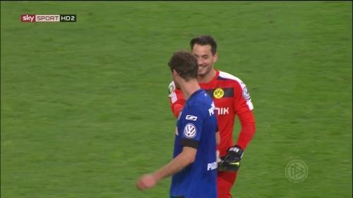 Roman Bürki – Dortmund v Paderborn – DFB Pokal 15-16 8