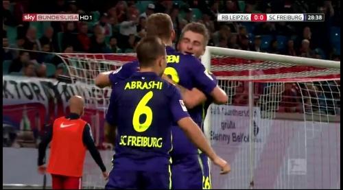 SC Freiburg celebrate Petersen's goal v Leipzig 1