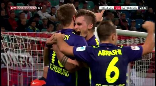 SC Freiburg celebrate Petersen's goal v Leipzig 2