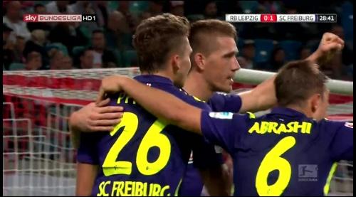 SC Freiburg celebrate Petersen's goal v Leipzig 3