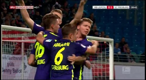 SC Freiburg celebrate Petersen's goal v Leipzig 4