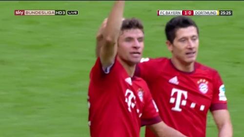 Thomas Müller – 1st goal – Bayern v Dortmund 10