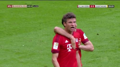 Thomas Müller – 1st goal – Bayern v Dortmund 8