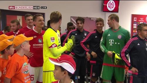 Thomas Müller, Manuel Neuer & Philipp Lahm – Mainz v Bayern 3