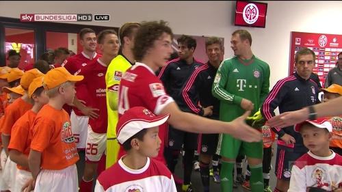 Thomas Müller, Manuel Neuer & Philipp Lahm – Mainz v Bayern 5