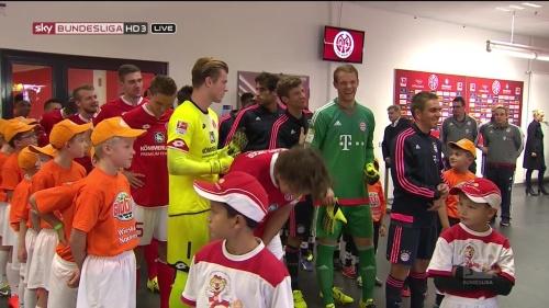 Thomas Müller, Manuel Neuer & Philipp Lahm – Mainz v Bayern 7