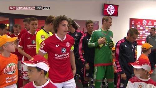 Thomas Müller, Manuel Neuer & Philipp Lahm – Mainz v Bayern 9