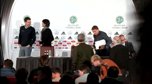 Joachim Löw & Oliver Bierhoff – press conference – DEU-NED 8