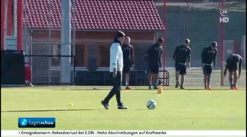 Joachim Löw - Tageschau 12-11-2015 9