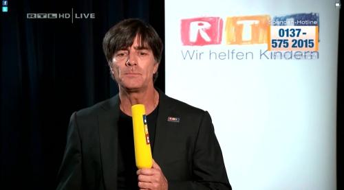 Joachim Löw - Wir helfen Kindern 2015 21