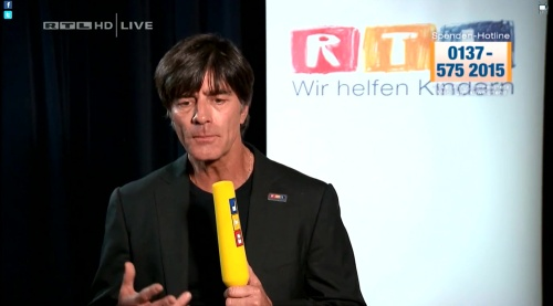 Joachim Löw - Wir helfen Kindern 2015 3