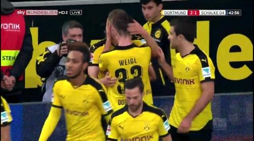Matthias Ginter - BVB v S04 15