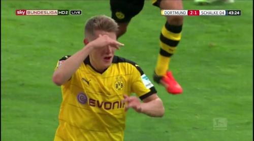 Matthias Ginter - BVB v S04 27