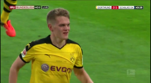Matthias Ginter - BVB v S04 29