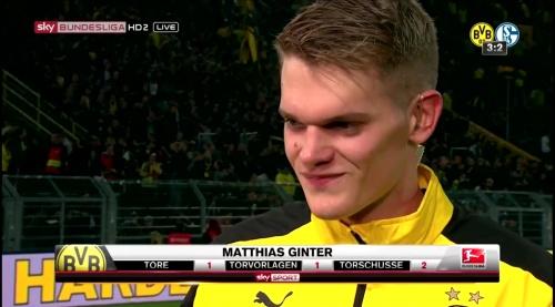 Matthias Ginter - BVB v S04 35