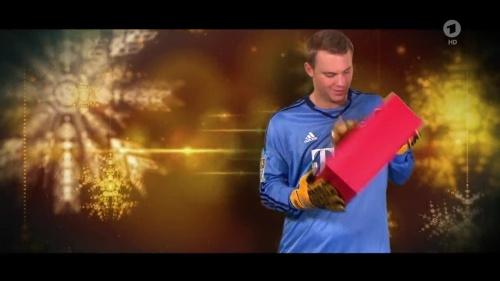 Manuel Neuer - Christmas 3