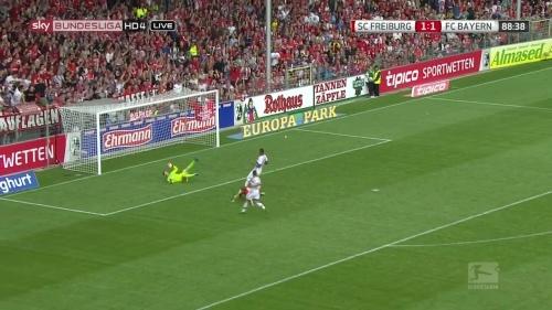 Nils Petersen – SC Freiburg v FC Bayern München 2