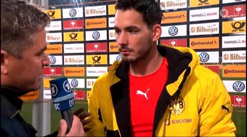 Roman Bürki - Augsburg v Dortmund - DFB Pokal 6