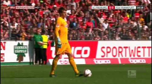 Alexander Schwolow – SC Freiburg v FSV Frankfurt 1