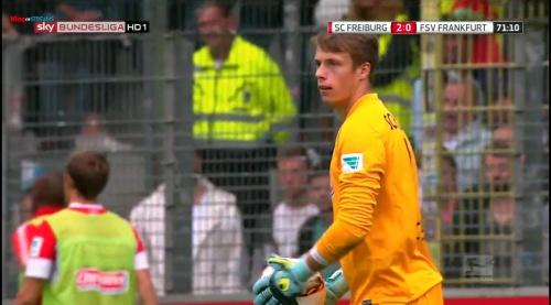 Alexander Schwolow – SC Freiburg v FSV Frankfurt 5