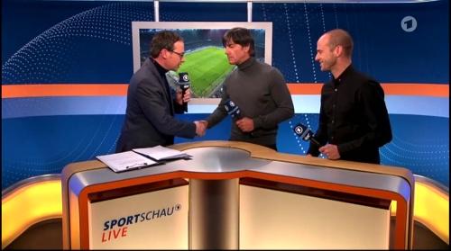 Joachim Löw ARD half-time interview – HSV v FC Bayern München 2015-16 12