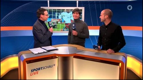 Joachim Löw ARD half-time interview – HSV v FC Bayern München 2015-16 3