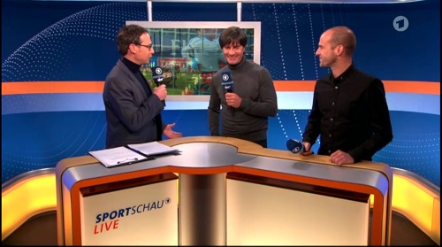 Joachim Löw ARD half-time interview – HSV v FC Bayern München 2015-16 4