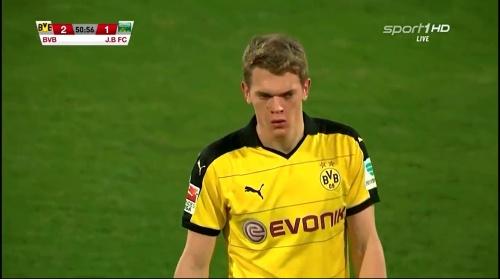 Matthias Ginter - Borussia Dortmund v Jeonbuk Hyundai Motors 5