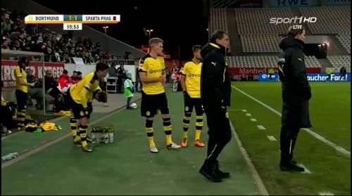 Matthias Ginter - Dortmund v Sparta Prague 4
