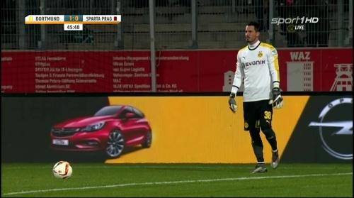 Roman Bürki - Dortmund v Sparta Prague 1