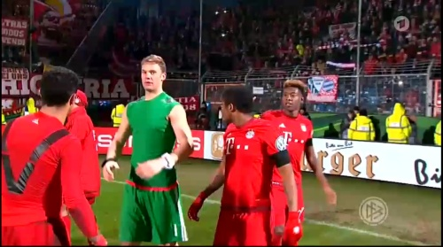 Manuel Neuer – Bochum v Bayern 18