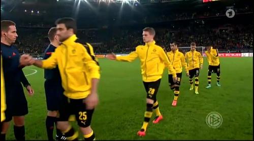 Matthias Ginter - Stuttgart v Dortmund - DFB Pokal 1