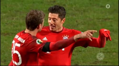 Robert Lewandowski & Thomas Müller – Bochum v Bayern 3