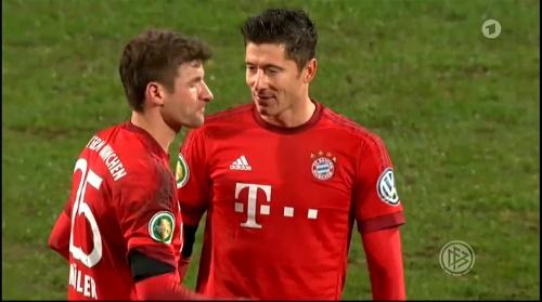 Robert Lewandowski & Thomas Müller – Bochum v Bayern 5