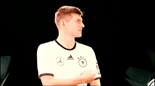 Toni Kroos - making of Mercedes ad 1