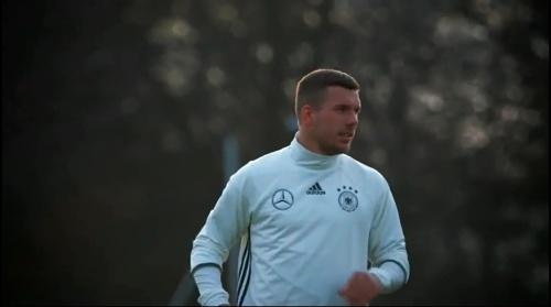 Lukas Podolski - Tag drei in Berlin