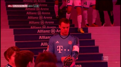 Manuel Neuer – Bayern München v Mainz 1