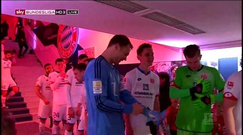 Manuel Neuer – Bayern München v Mainz 10