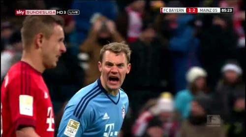 Manuel Neuer – Bayern München v Mainz 15