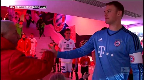 Manuel Neuer – Bayern München v Mainz 7