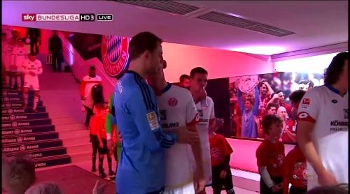Manuel Neuer – Bayern München v Mainz 8