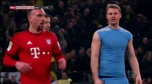 Manuel Neuer – Dortmund v Bayern 1
