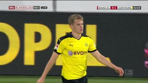 Matthias Ginter – Mainz v Dortmund 10