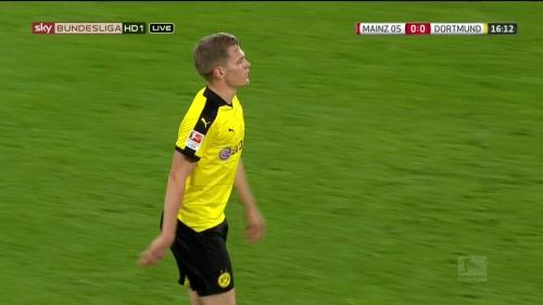 Matthias Ginter – Mainz v Dortmund 6