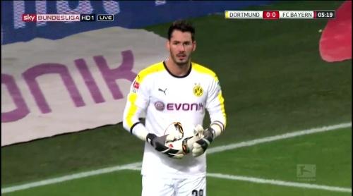 Roman Bürki – Dortmund v Bayern 3