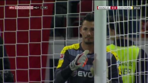 Roman Bürki – Mainz v Dortmund 2